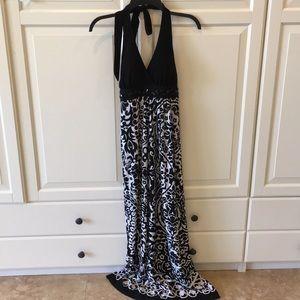 Dresses & Skirts - Black and white halter dress